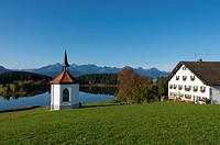Hergratsrieder Lake, Ostallgaeu, Allgaeu, Bavaria, Germany, Europe