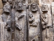Apostle sculptures. Romanesque door of the Church of San Miguel Arcangel. Estella (Lizarra). Navarre, Spain