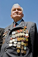 Veteran of the soviet army displaying his medals, Tashkent, Uzbekistan, Asia