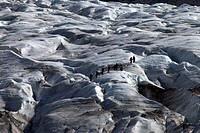 Group of tourists on the Skaftafellsjoekull glacier, Vatnajoekull, Iceland, Europe