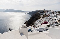 Greece, Cyclades, Thira, Santorini, View of oia with aegean sea