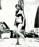 JACQUELINE KENNEDY ONASSIS, in a bikini, in Skorpios, Greece, 6/23/70 (thumbnail)