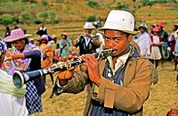 Africa, Madagascar, on the Highlands Highway, festivity about the ceremony of exhumation.