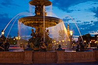 Water fountain and Eiffel Tower at night, Place de la Concorde, Paris, France, Europe
