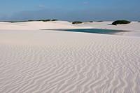 Oasis, people, dunes, Lençóis Maranhense, Lacs Maranhão, Lençois, Barreirinhas, Maranhão, Brazil