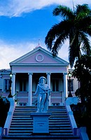 Bahamas, New Providence, Nassau, monument to Christopher Columbus