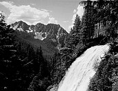 USA, Mount Rainier National Park, Nirada Falls