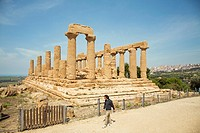 Temple of Juno Hera, built in the 5th century BC and burnt in 406 BC by the Carthaginians, Valley of the Temples, Agrigento, Sicily