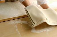 Hand folding soba dough