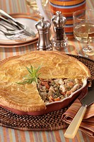 Chicken pie à la macedoine