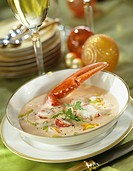 Lobster and vegetable creamy soup