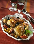 Duck with fruit and red wine