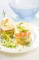 Artichoke hearts with shrimps and goat´s cheese