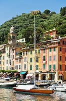 Scenic harbour and colourful buildings, Portofino, Liguria, Italy