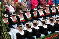 Europe, Germany, Upper Bavaria, Bad Toelz, People celebrating leonhardi procession