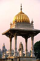 India, Karnataka, Mysore, New Statue Circle,