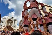 Xiquets de Tarragona ´Castellers´ building human tower, a Catalan tradition Festa de Santa Tecla, city festival  Plaça de les Cols Tarragona, Spain