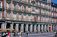 Plaza Mayor square. Cafe.