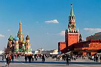 Russia, Moscow, Red Square with St. Basil´s Cathedral, Kremlin with Savior Gate Tower and Lenin´s Tomb