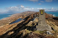 hiking trail on sheep´s head peninsula, county cork ireland