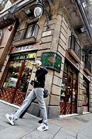 Cucurulla square area. Intersection of Pi and Portaferrisa streets. Ciutat vella. Gothic quarter. Barcelona. Catalonia. Spain.