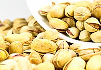 pistachios close_up