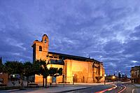 View at the church Iglesia San Martin under clouded sky in the evening, Fromista, Province of Palencia, Old Castile, Catile_Leon, Castilla y Leon, Nor...