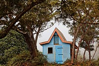 Small garden shed in creole colours, Maido, La Reunion, Indian Ocean