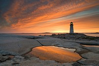 Peggy´s Cove Lighthouse at dusk, Peggy´s Cove, Nova Scotia, Canada