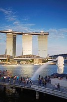 Marina Bay Sands Hotel and the Merlion statue, Singapore