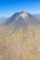 geography / travel, Tanzania, Ol Donyo Lengai 2.960 m, 9.711 ft is an active volcano in the north of Tanzania