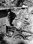events, Second World War / WWII, Greece, Balkans Campaign 1941, light gun slid off the road at a blown up bridge near Delphi, May 1941,