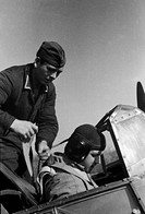 events, Second World War / WWII, aerial warfare, persons, a Luftwaffe Oberleutnant first lieutenant in the cockpit of his heavy fighter, preparing for...