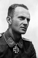 events, Second World War / WWII, Russia 1944 / 1945, Crimea, Sevastopol, Lieutenant Johann Hans Muhr, 5. / Flak _ Abteilung 505, holder of the Knight´...