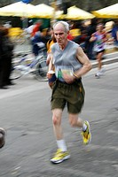 senior runner in rome italy marathon 2008