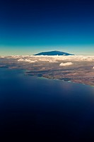 Mauna Kea, the tallest volcanic mountain in the chain of Hawaiian Islands, with its summit rising to the elevation of 13,796 ft 4,205 m above sea leve...