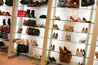 Florida, Miami Beach, Collins Avenue, shopping, Nine West, women´s shoes, retail display, for sale, high heel,