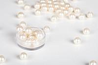 Artificial pearls