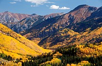 A grand scenic of the Rocky Mountains in autumn