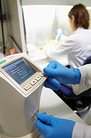 Cell counter, counting and viability of cell line, Cell Culture cleanroom, Biotechnology Laboratory, Health Area, Alava Technology Park, Technology Ce...