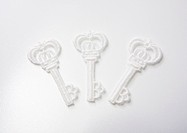 Key_shaped lace