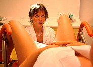 gynaecological practice, consultation and examination of a female patient