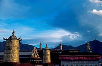 Buddhist architecture in Tibet