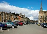 England Gloucestershire Stow_on_the_Wold THe main town square Peter Baker
