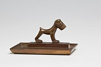Small ashtray or pin dish made of brass, with an Art Deco dog