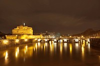Castel Sant´Angelo, or Mausoleum of Hadrian, with Ponte Sant´Angelo