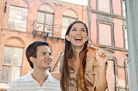 Portrait of couple laughing (thumbnail)