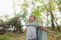 Boy 5-6 wearing cape (thumbnail)