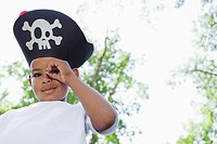 Portrait of boy 5_6 wearing pirates hat