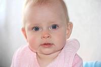 Baby, female, 7 to 9 month / Baby, Mädchen, 7 bis 9 Monate alt